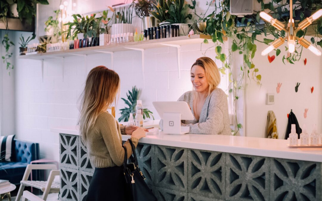 Hostel Front Desk Secrets: 7 ways to improve reception staff performance